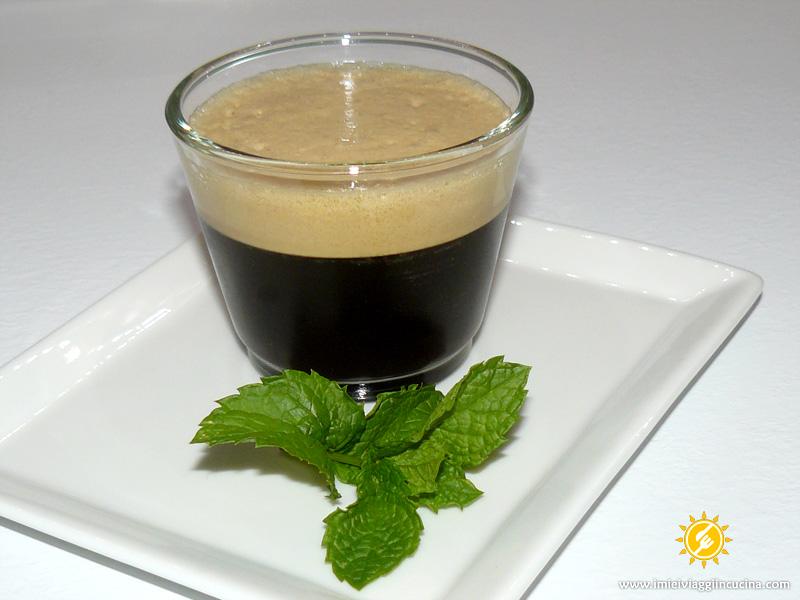 Caffè Freddo Shakerato alla Menta