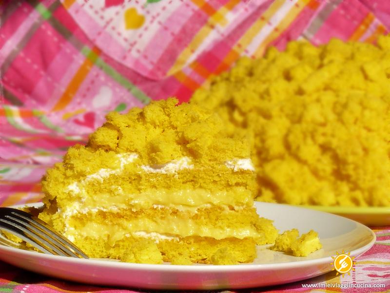 Torta Mimosa con Crema e Panna