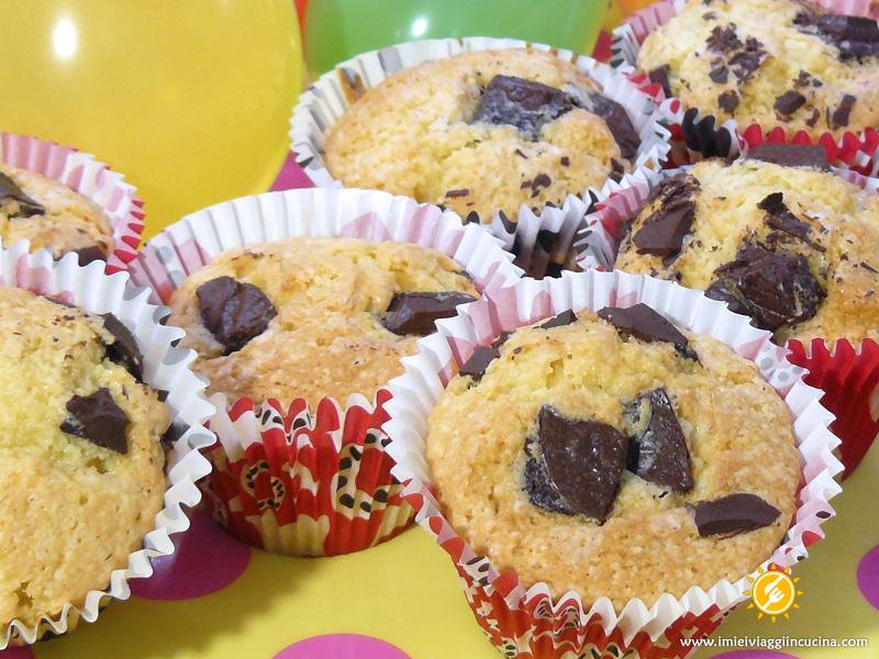 Muffin Golosi con Pezzi di Cioccolato