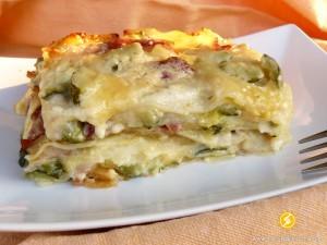 Lasagne al forno con speck e zucchine for Cucinare zucchine al forno