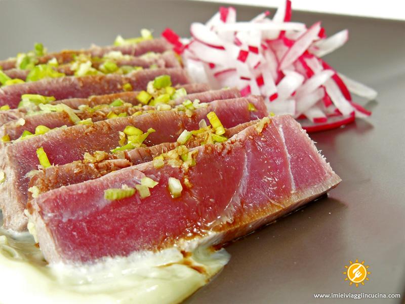 Tataki di Tonno con Salsa Maionese al Wasabi